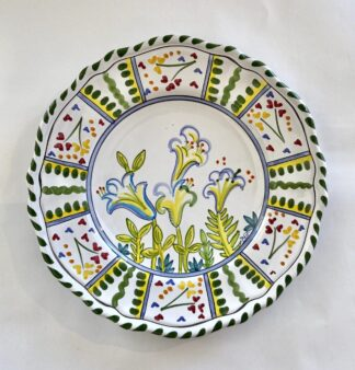 Bermuda Easter Lily Scalloped Plate