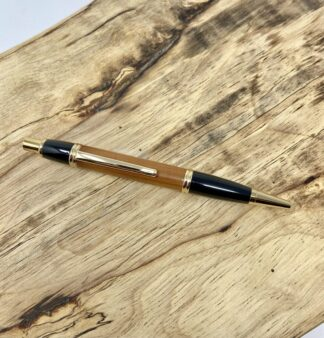 Bermuda Cedar Pen in Black & Gold